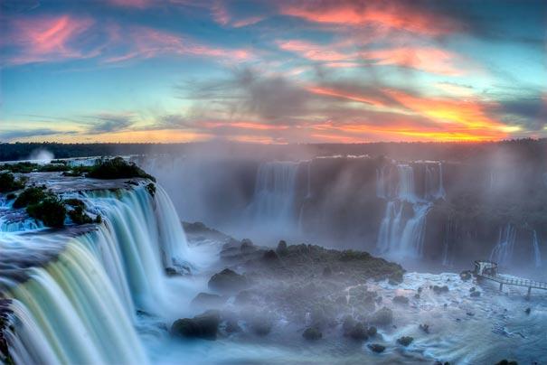 25-AD-amazing-places-iguazu-falls-5