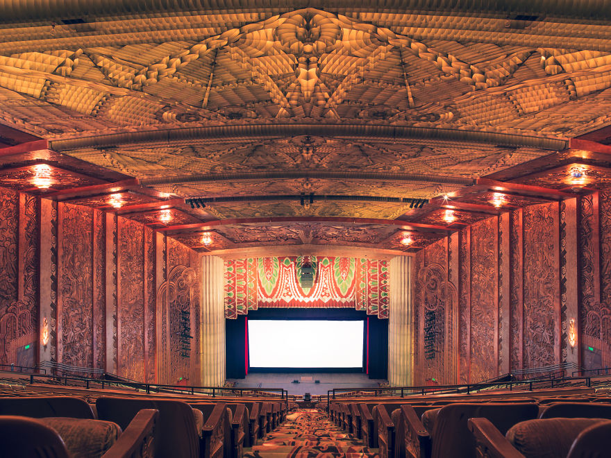 4-AD-The-Paramount-Theater-Oakland-California-4