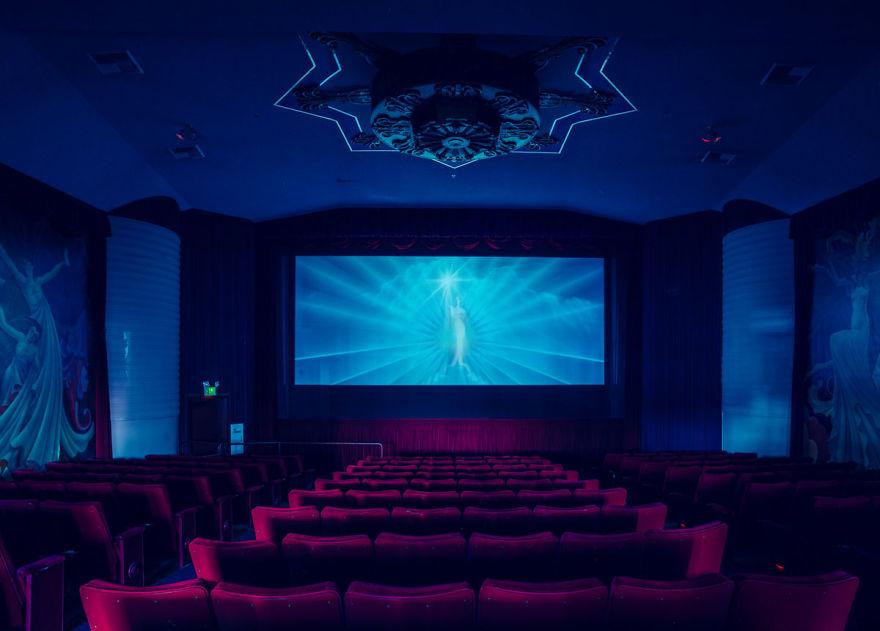 8-AD-Franck-Bohbot-Cinemas-8