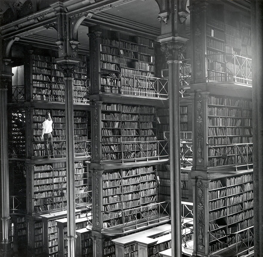 AD-Amazing-Libraries-11