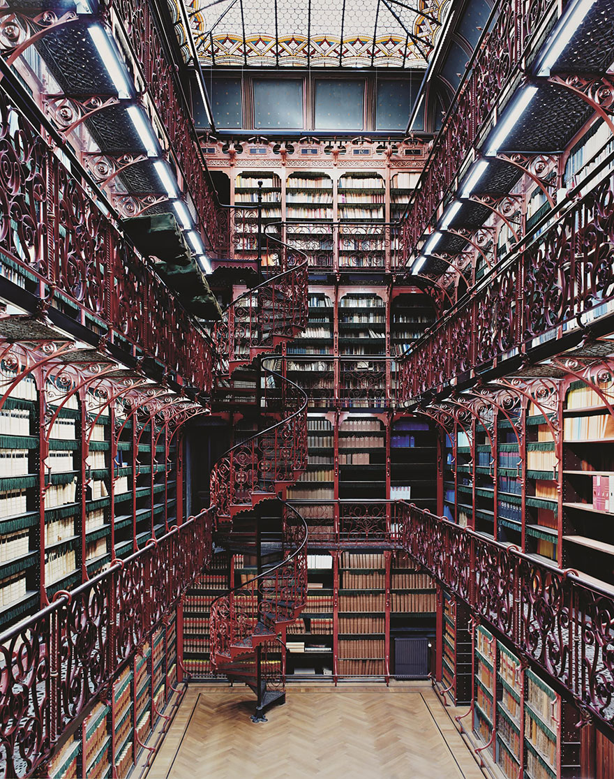 AD-Amazing-Libraries-7
