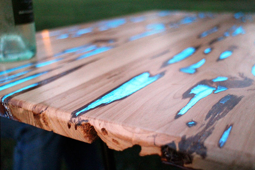 AD-Glowing-Resin-Table-Mike-Warren-2