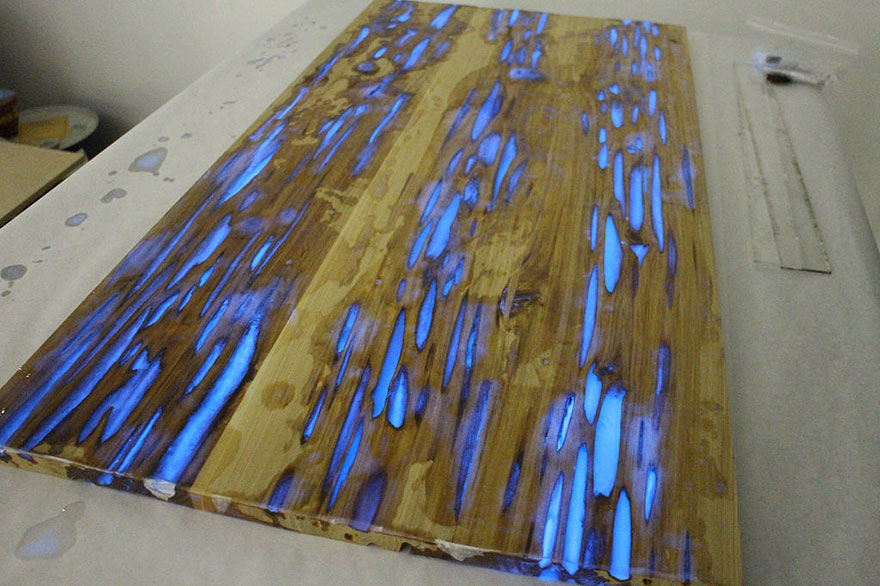 AD-Glowing-Resin-Table-Mike-Warren-7