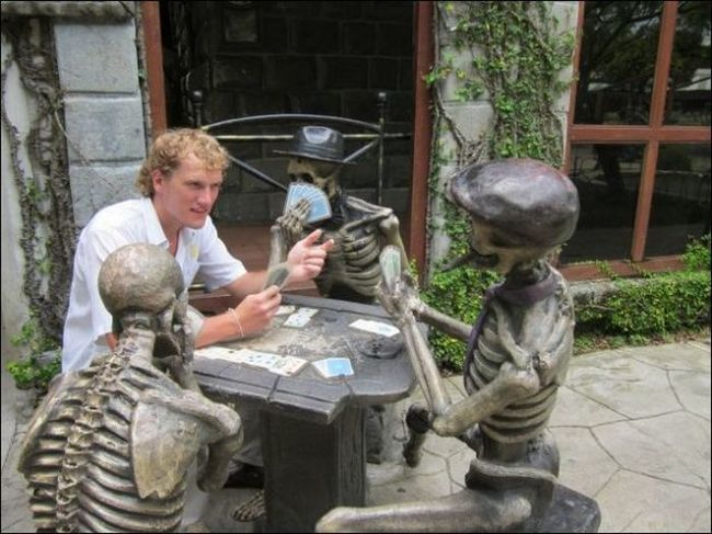 AD-Messing With-Statues-14