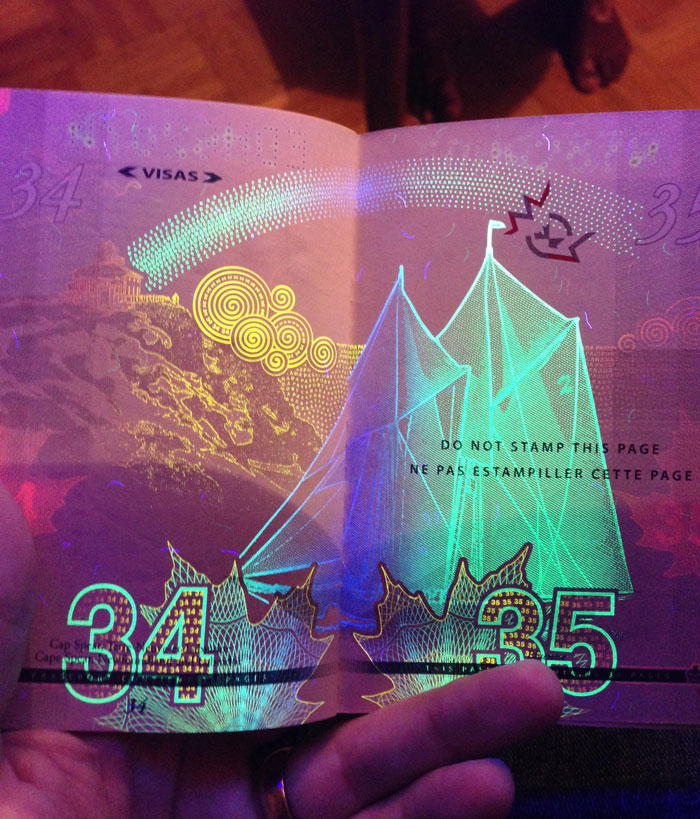 AD-New-Canadian-Passport-UV-Light-Images-15