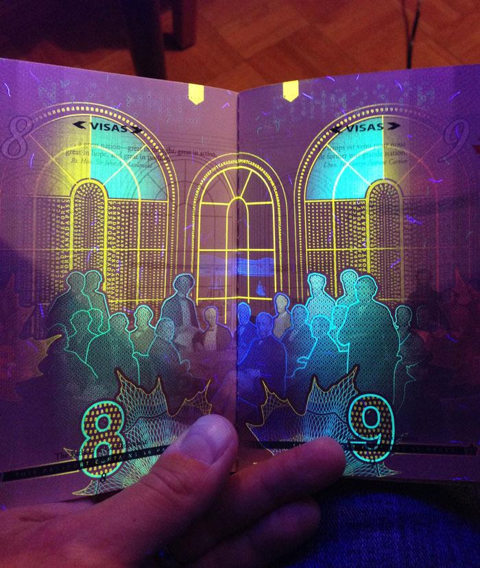 AD-New-Canadian-Passport-UV-Light-Images-7