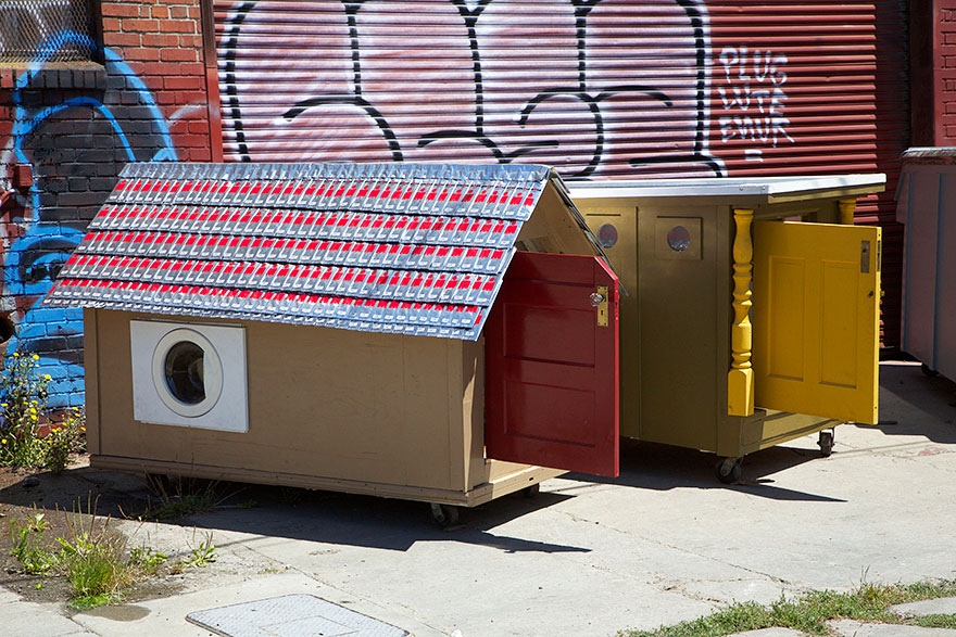 AD-Recycled-Homeless-Homes-Project-Gregory-Kloehn-05