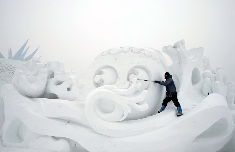 AD-Unbelievable-Creations-From-The-31st-Harbin-International-Ice-And-Snow-Festival-07