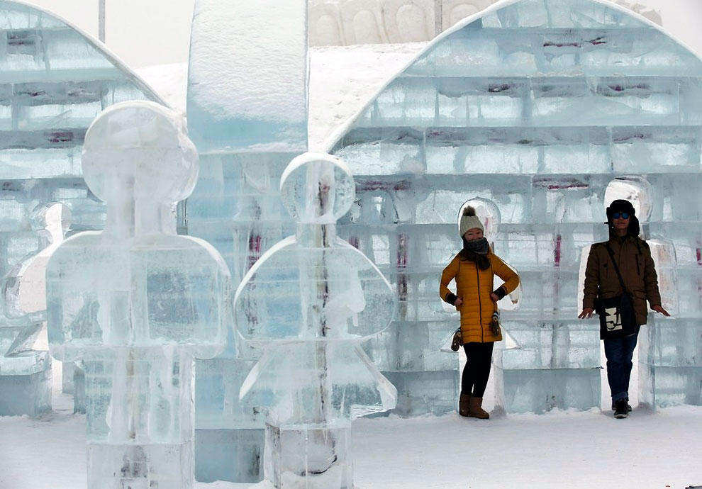 AD-Unbelievable-Creations-From-The-31st-Harbin-International-Ice-And-Snow-Festival-09