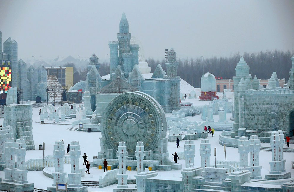 AD-Unbelievable-Creations-From-The-31st-Harbin-International-Ice-And-Snow-Festival-11