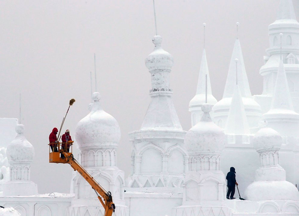 AD-Unbelievable-Creations-From-The-31st-Harbin-International-Ice-And-Snow-Festival-13