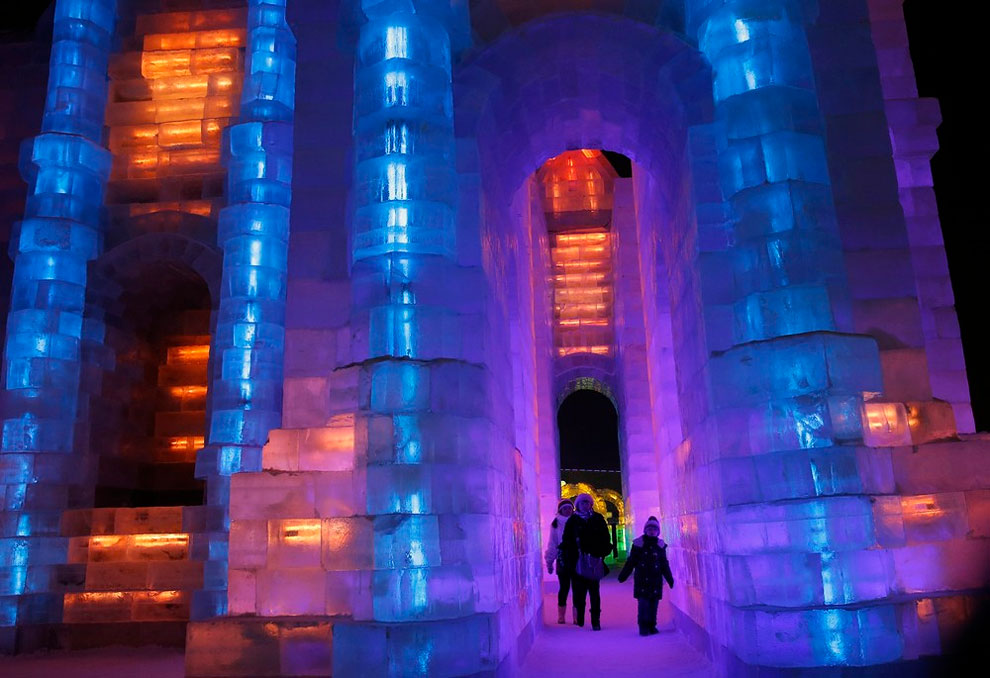 AD-Unbelievable-Creations-From-The-31st-Harbin-International-Ice-And-Snow-Festival-17