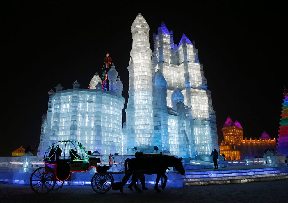 AD-Unbelievable-Creations-From-The-31st-Harbin-International-Ice-And-Snow-Festival-21