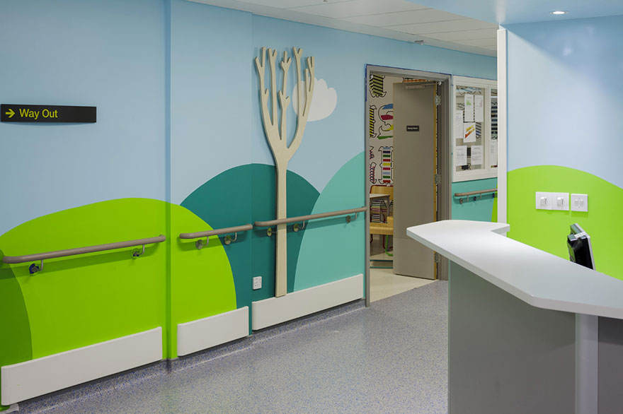 AD-Artists-Mural-Design-Royal-London-Children-Hospital-Vital-Arts-06