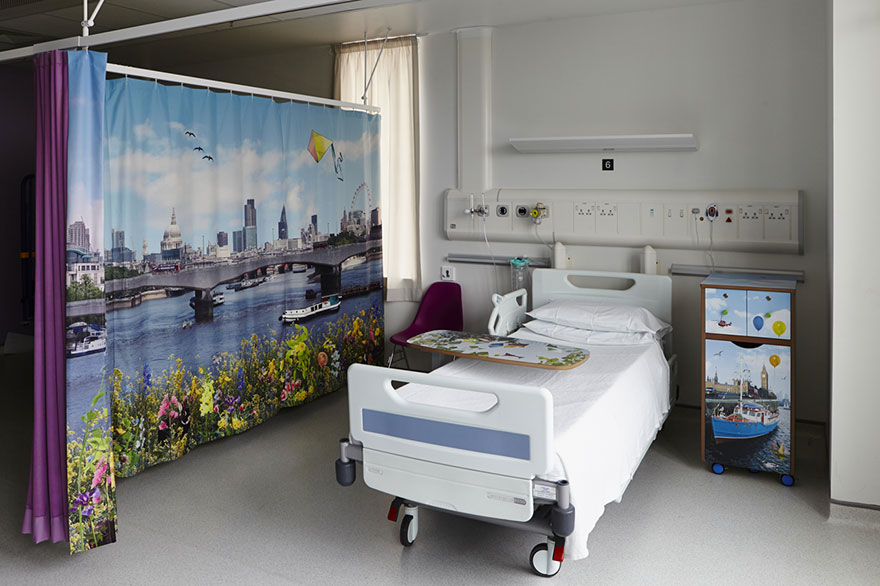 AD-Artists-Mural-Design-Royal-London-Children-Hospital-Vital-Arts-18