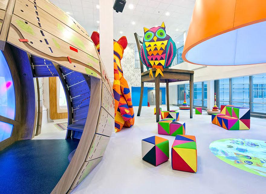 AD-Artists-Mural-Design-Royal-London-Children-Hospital-Vital-Arts-22