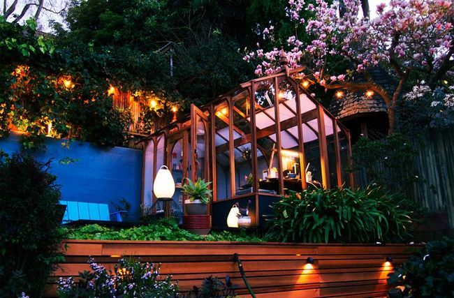 AD-The-Best-Backyard-Hangout-Spots-In-The-World-17