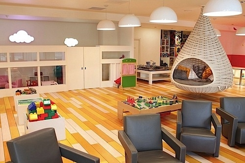 AD-Things-That-Belong-In-Your-Child's-Dream-Room-03