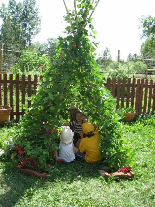 AD-DIY-Backyard-Projects-Kid-17