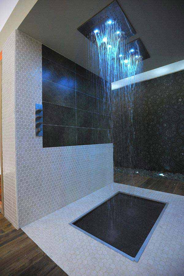 AD-Rain-Showers-Bathroom-Ideas-1