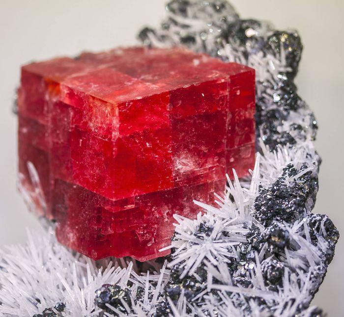 AD-Amazing-Stones-Minerals-16