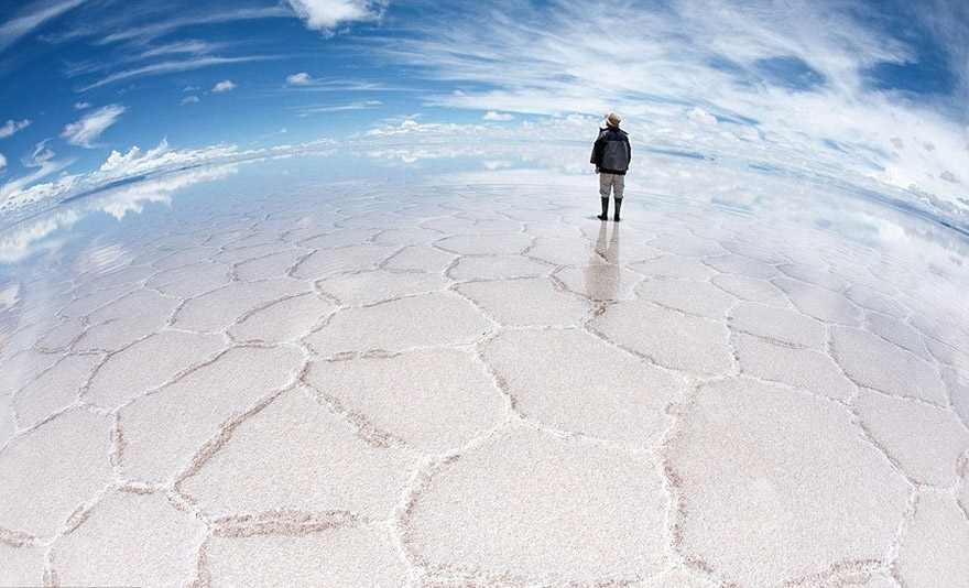 AD-Alien-Places-Look-Like-Other-Worlds-17
