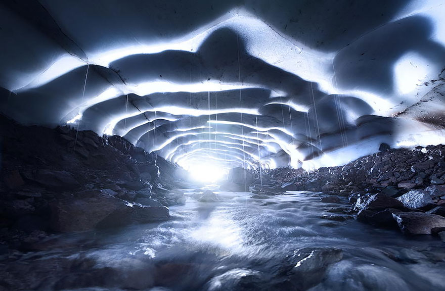 AD-Alien-Places-Look-Like-Other-Worlds-29