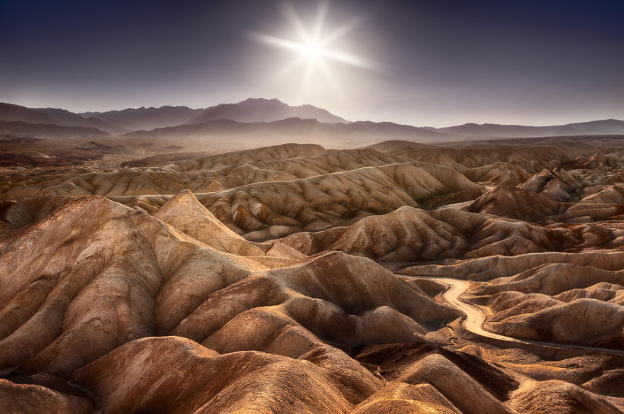 AD-Alien-Places-Look-Like-Other-Worlds-35
