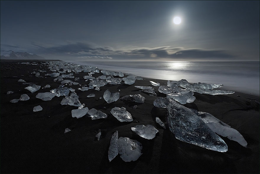 AD-Alien-Places-Look-Like-Other-Worlds-38