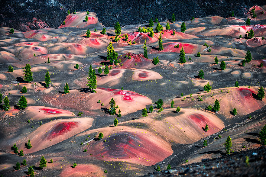 AD-Alien-Places-Look-Like-Other-Worlds-8
