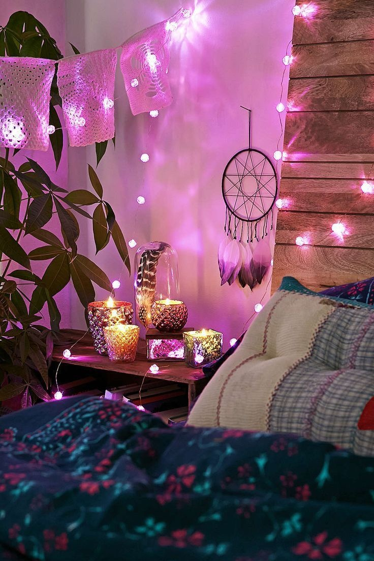 20 Amazingly Pretty Ways To Use String Lights