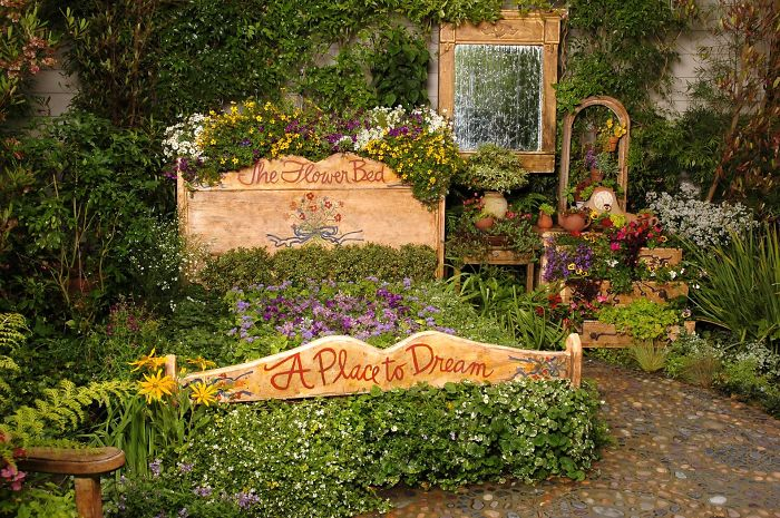 AD-Recycled-Furniture-Garden-11
