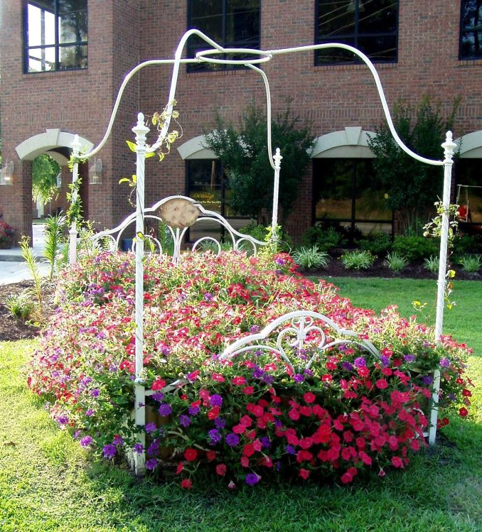 AD-Recycled-Furniture-Garden-18
