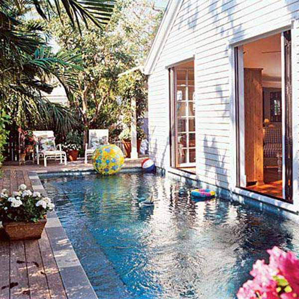 25 fabulous small backyard designs with swimming pool for Pool design 2015