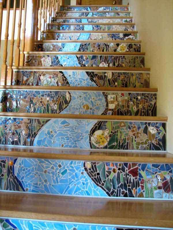 20 DIY Wallpapered Stair Risers Ideas To Give Stairs Some Flair ...