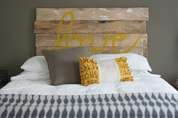 30-AD-Bed-headboard-creative-home-decoration-ideas