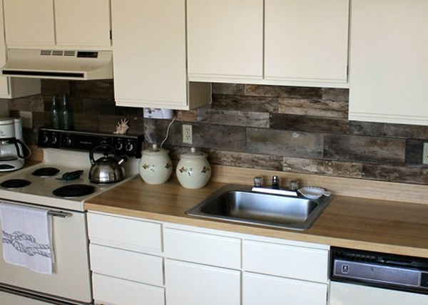5-AD-kitchen-backsplash-design-wooden-pallets-ideas