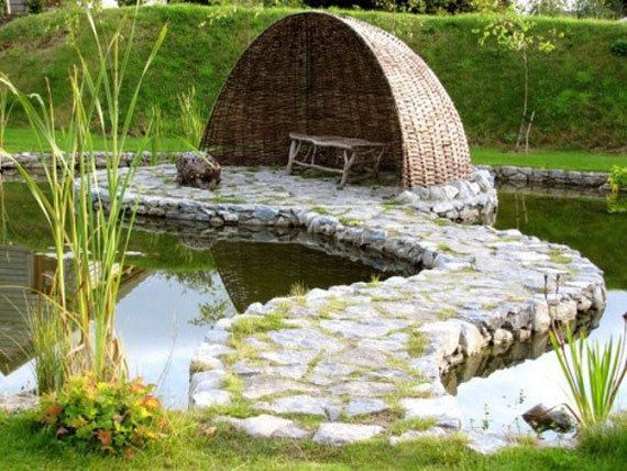 AD-Backyard-Ponds-Water-Gardens-9