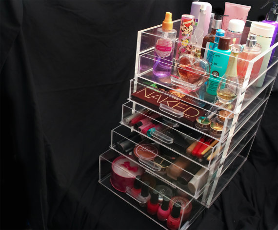 AD-Makeup-Storage-Ideas-12