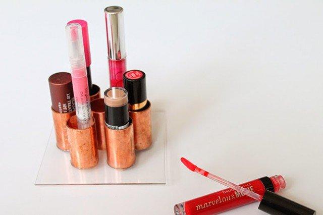 AD-Makeup-Storage-Ideas-15