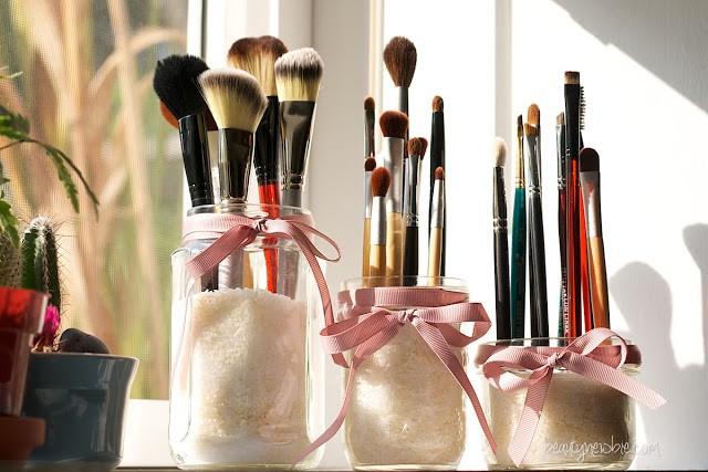 AD-Makeup-Storage-Ideas-2