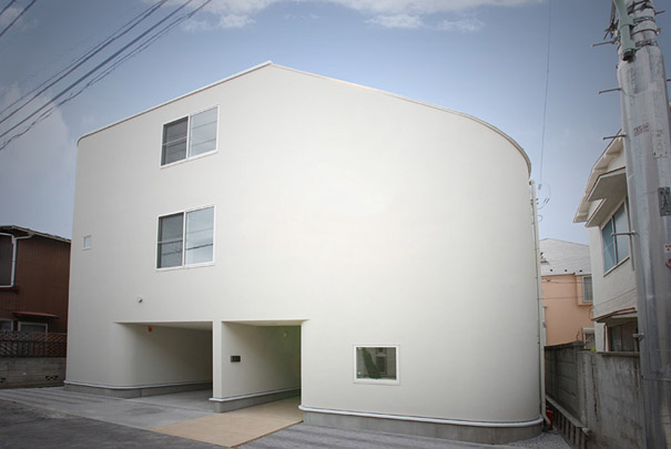 7-AD-Slide House, Japan-01