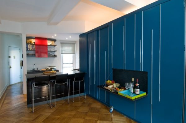 9-AD-450 sq ft Manhattan apartment with a hidden bed-4