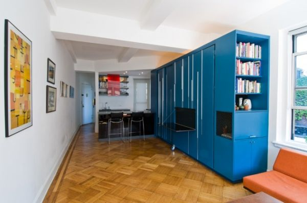 9-AD-450 sq ft Manhattan apartment with a hidden bed-5