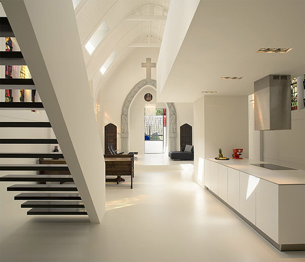 9-AD-Church Converted Into Modern Family Home, Holland-04