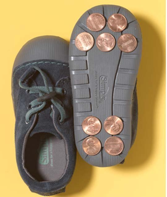 AD-Amazing-DIY-Projects-You-Can-Do-With-Old-Pennies-16