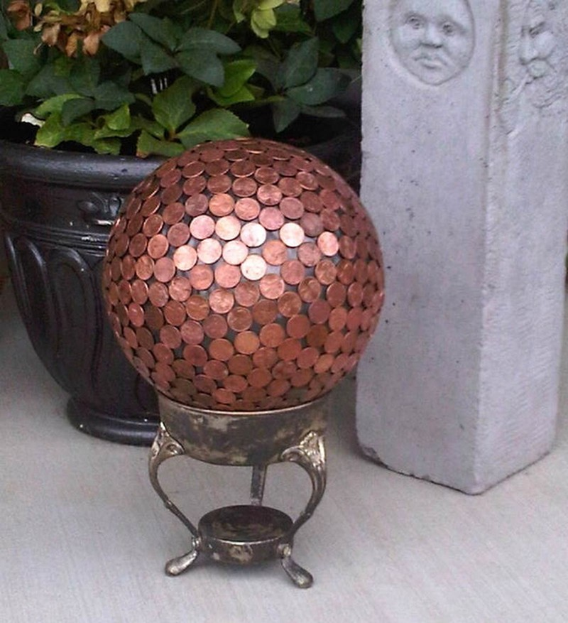 AD-Amazing-DIY-Projects-You-Can-Do-With-Old-Pennies-9