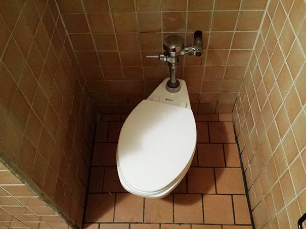 AD-Annoying-Photos-OCD-33