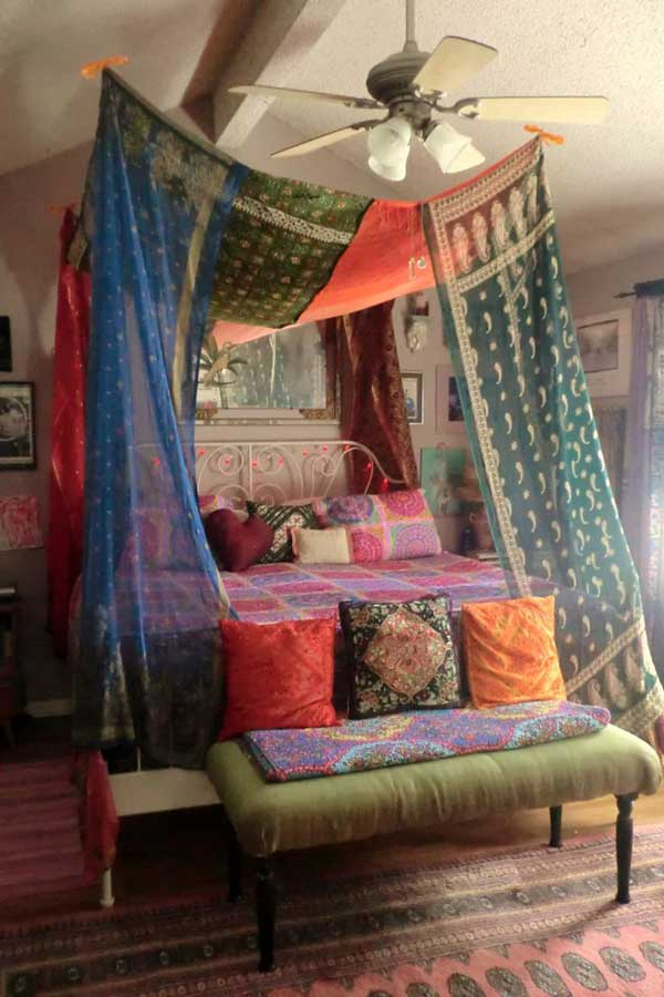 20 Magical Diy Bed Canopy Ideas Will Make You Sleep Romantic on Interior Design And Decorating Made Easy Curtains How