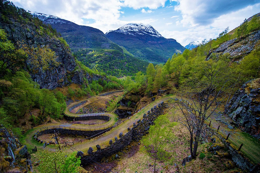 AD-Fairy-Tale-Viking-Architecture-Norway-04